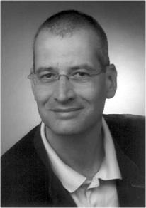 Dr_Helmut_Graeb_B&W