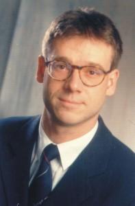 Prof. Dr.-Ing. Kai-Olaf Hinrichsen